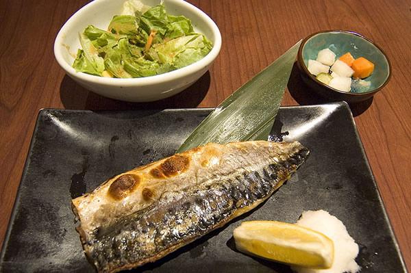 和民美食排行榜第二名,鹽烤鯖魚!